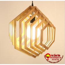 Đèn gỗ hình lục năng
