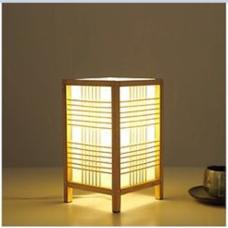 đèn tre để bàn kiểu khối vuông M001