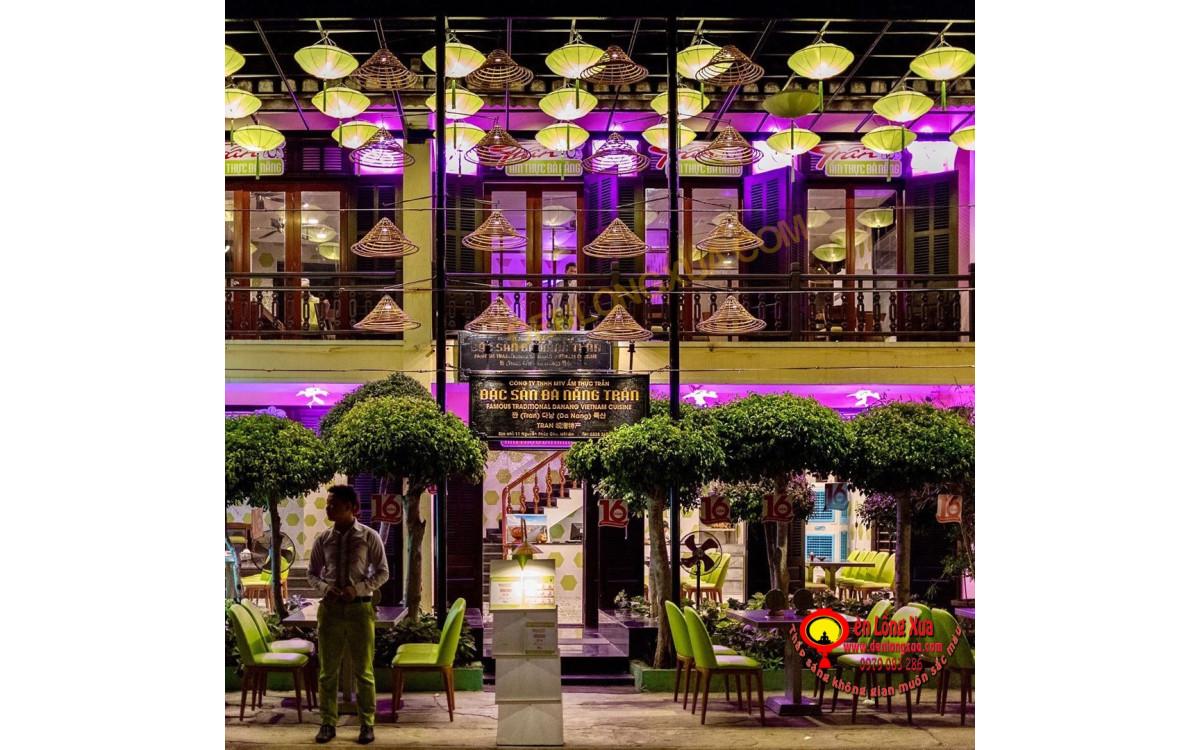 Đèn vải khung sắt treo trang trí cho nhà hàng