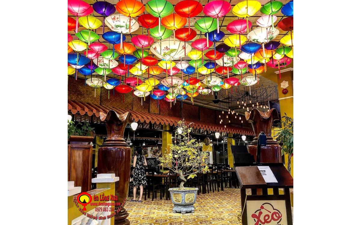 Đèn lồng trang trí cho trần nhà hàng cao