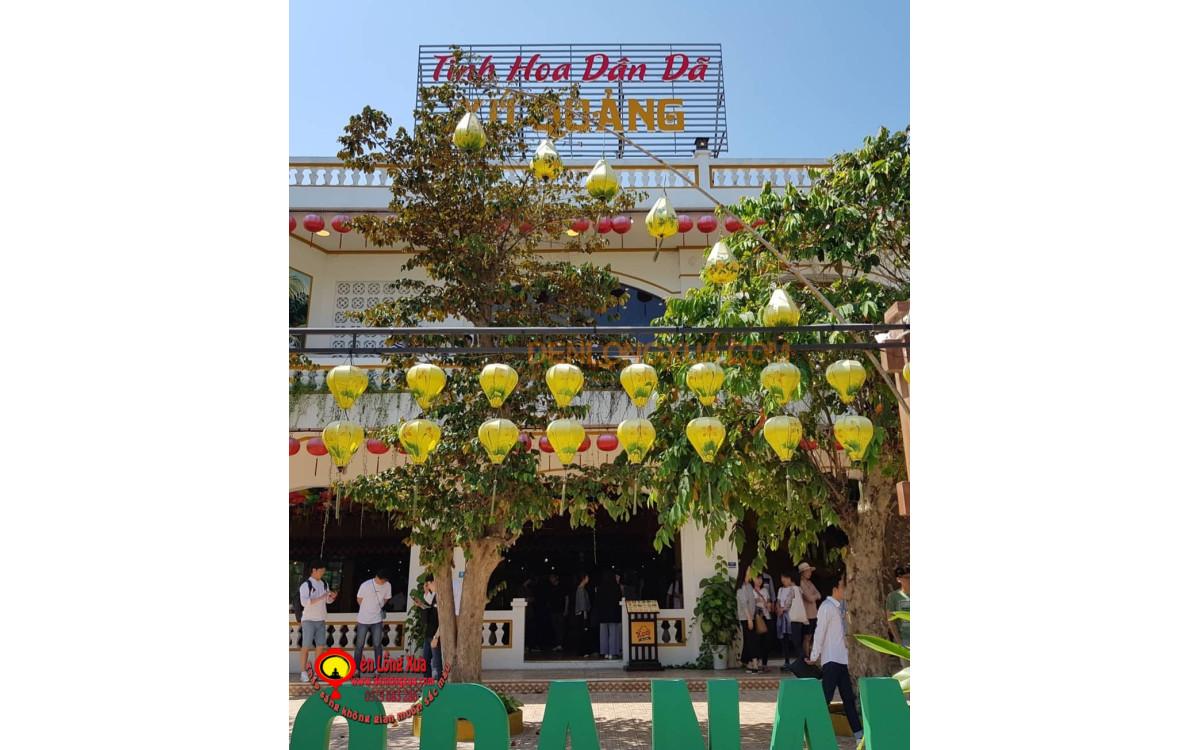 Đèn lồng vẽ Hội An trang trí nhà hàng ăn truyền thống