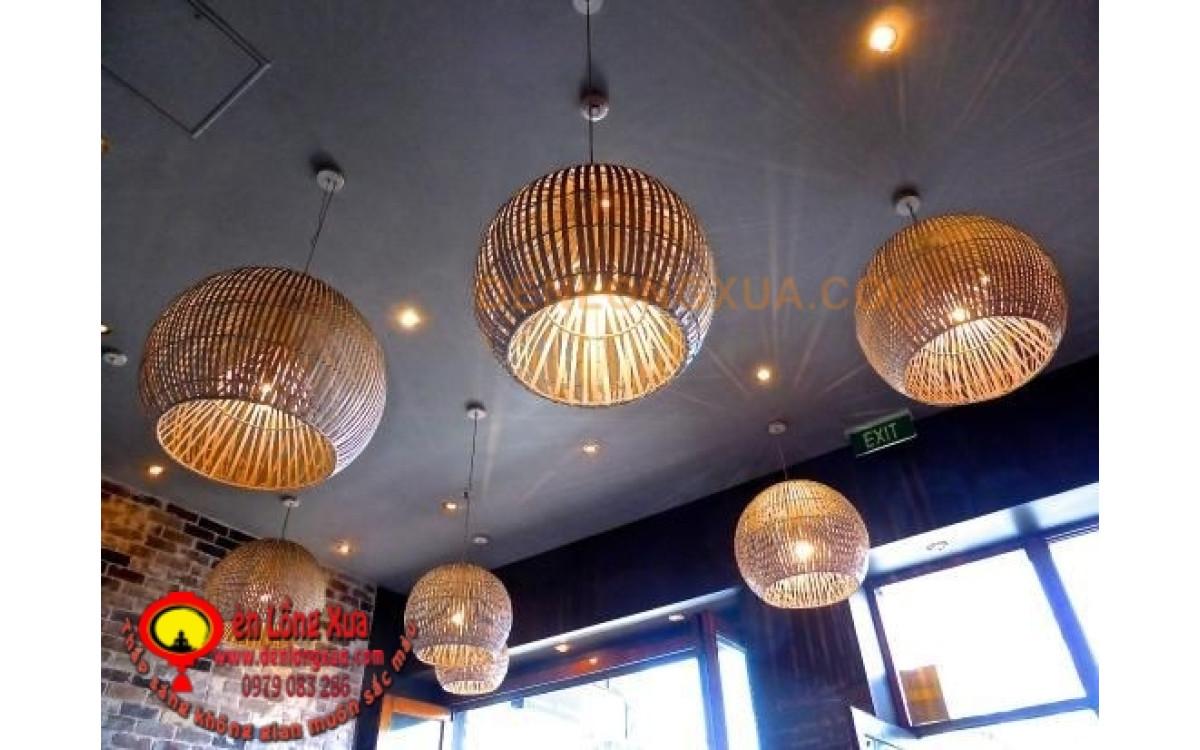 Đèn cầu tre trang trí thả trần nhà hàng hiện đại
