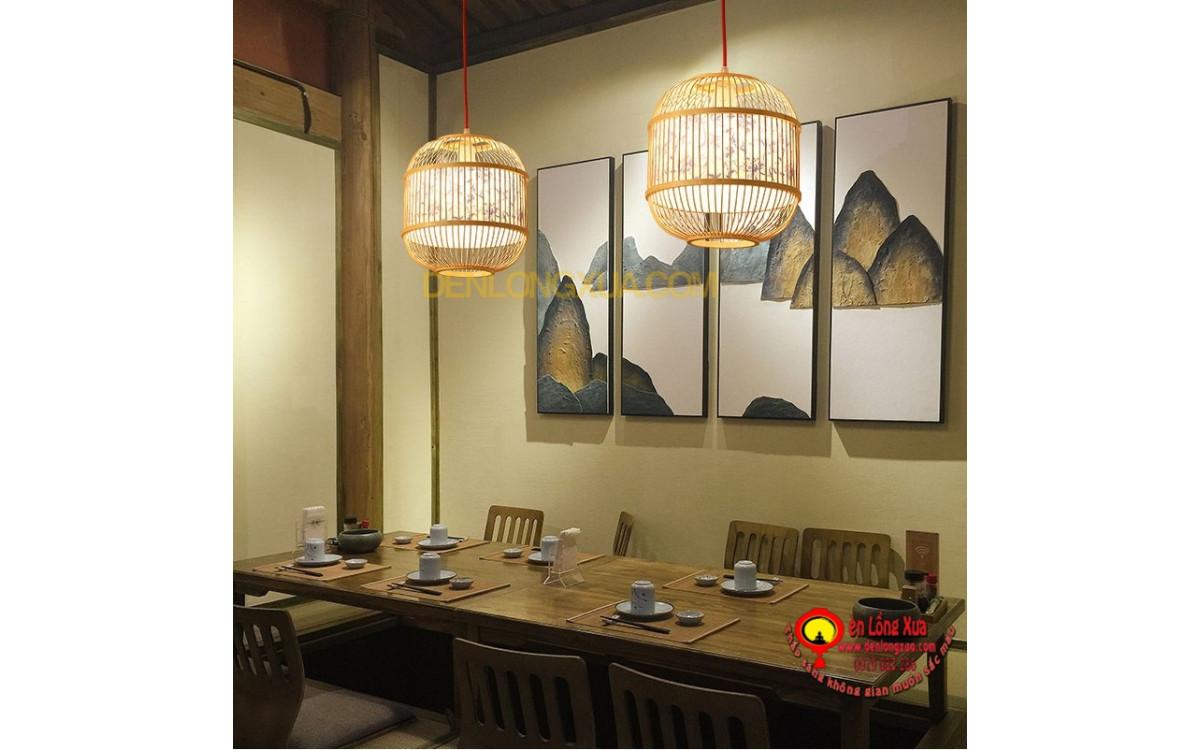 Nhà hàng trang trí đèn mây tre